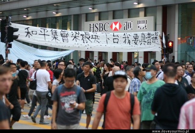 ilym protesty hong kong mong kok triada mafia4
